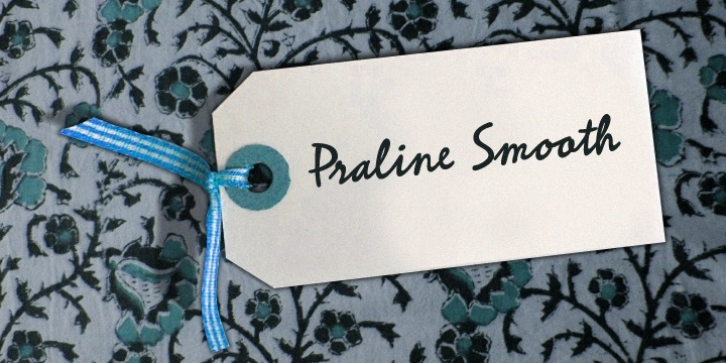 Praline Smooth font preview